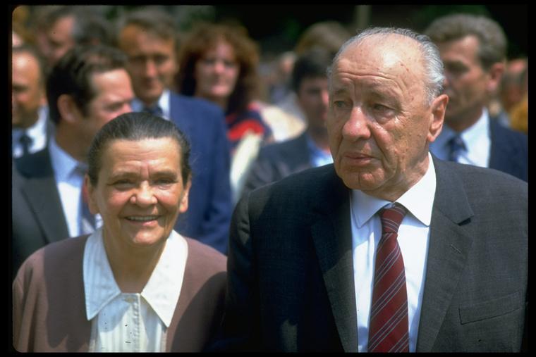 Ez a kép 1986-ban készült Kádár Jánosról és feleségéről, Tamáska Máriáról
