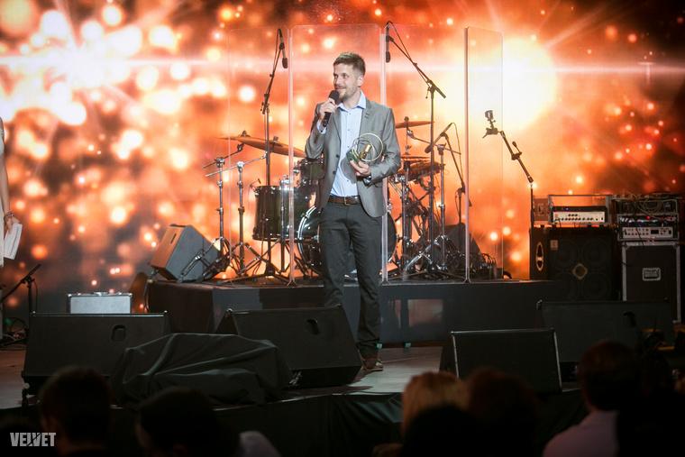 az év hazai alternatív vagy indie-rock albuma vagy hangfelvétele Szabó Balázsé.