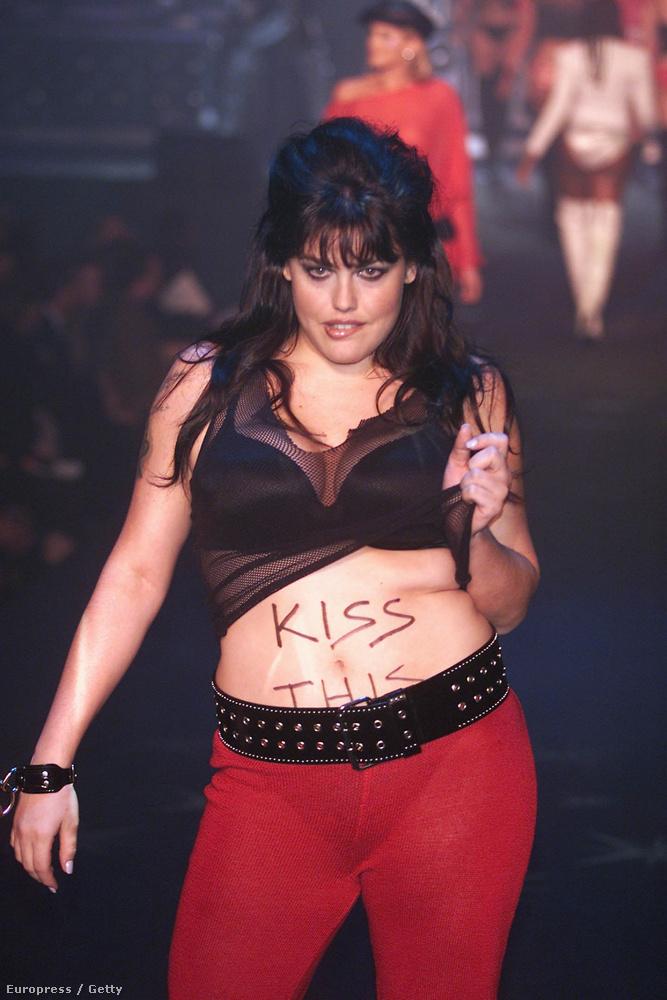 Mia Tyler, Steven Tyler lánya 2002-ben
