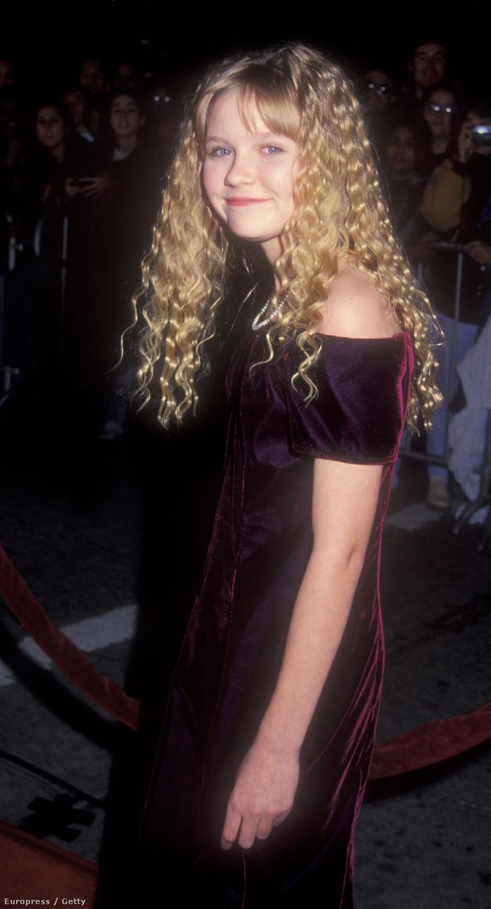 Akkoriban (1994) úgy gondolták, ha már az Interjú a vámpírral című filmben göndör volt a haja, nem is mutatkozhat máshogy.