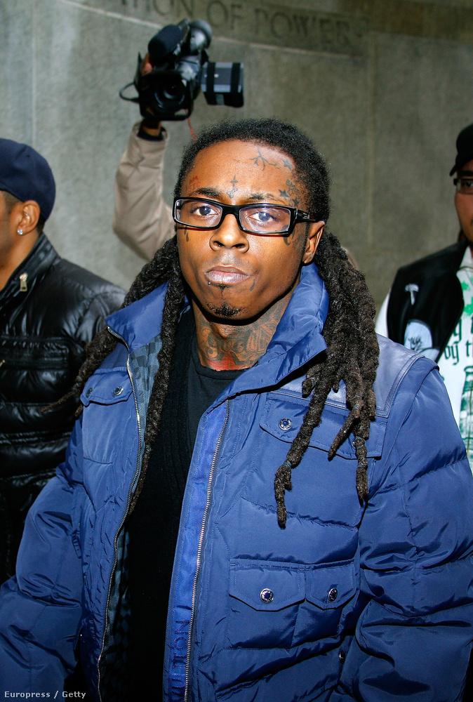 Lil Wayne 2009-ben, úton a bíróságra