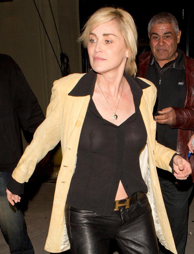 Sharon Stone szintén átvette Sarka Kata stílusát