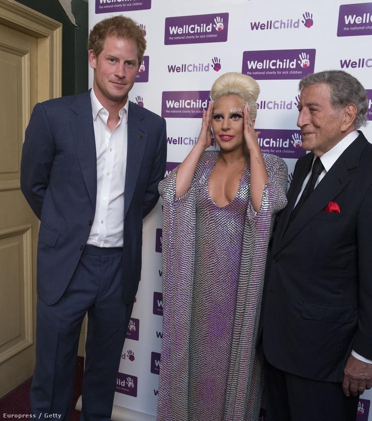 de ez Lady Gagát láthatóan nem érdekelte.