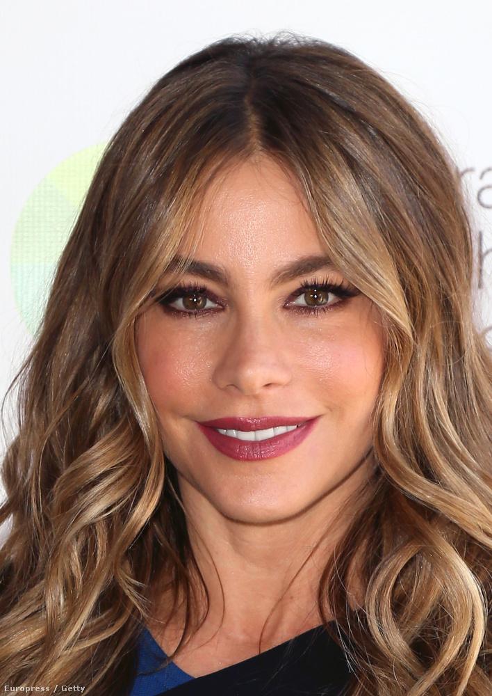 A kolumbiai-amerikai színésznő 42 éves.