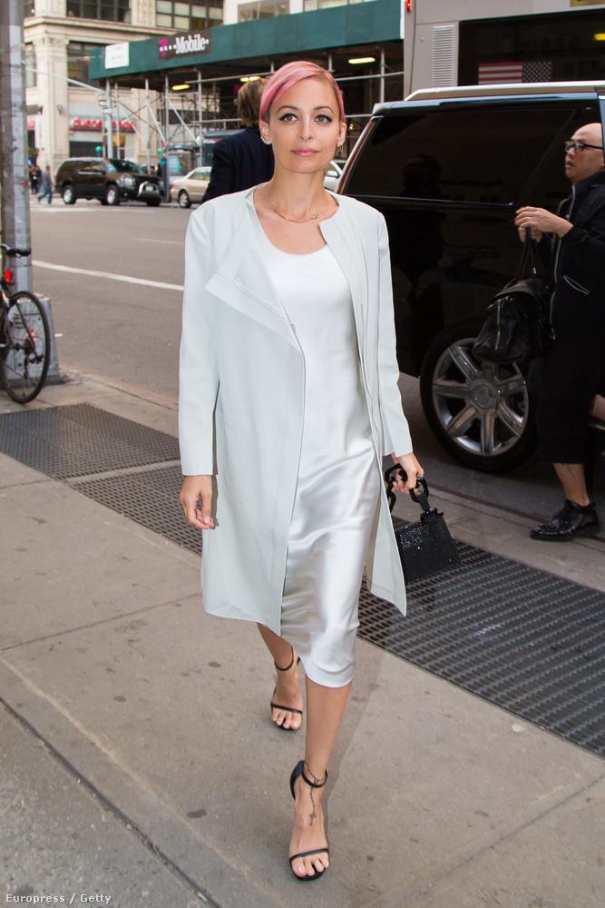 És az megvan, hogy Nicole Richie milyen csinos és bájos és minden jó mostanában?