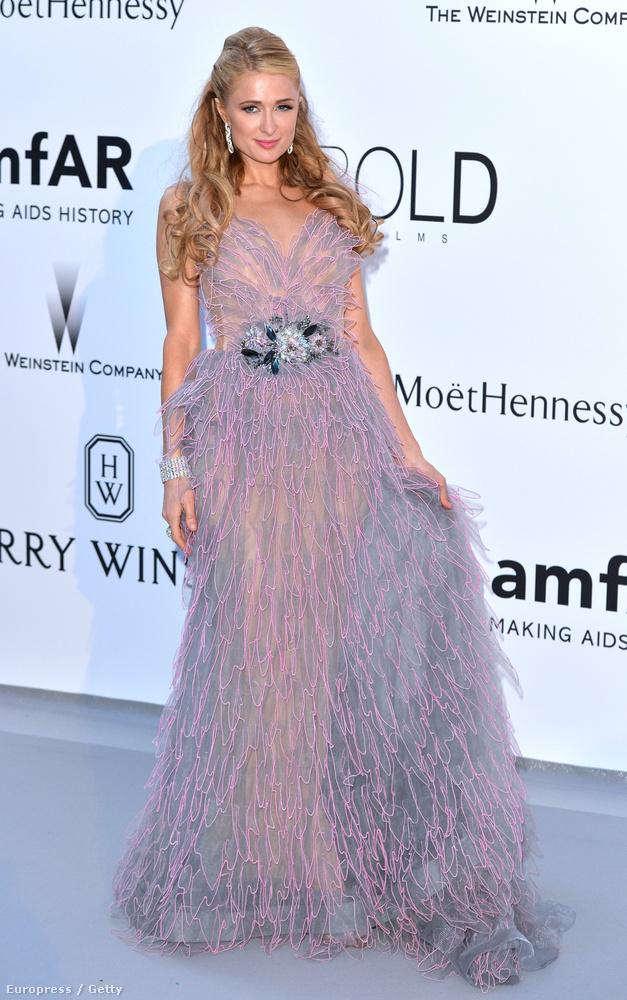 Paris Hilton sem volt mindig ilyen tündéri hercegnőcske