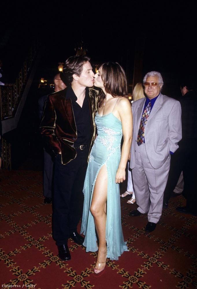 Az angol színésznő és Hugh Grant összesen 13 évet húztak le együtt