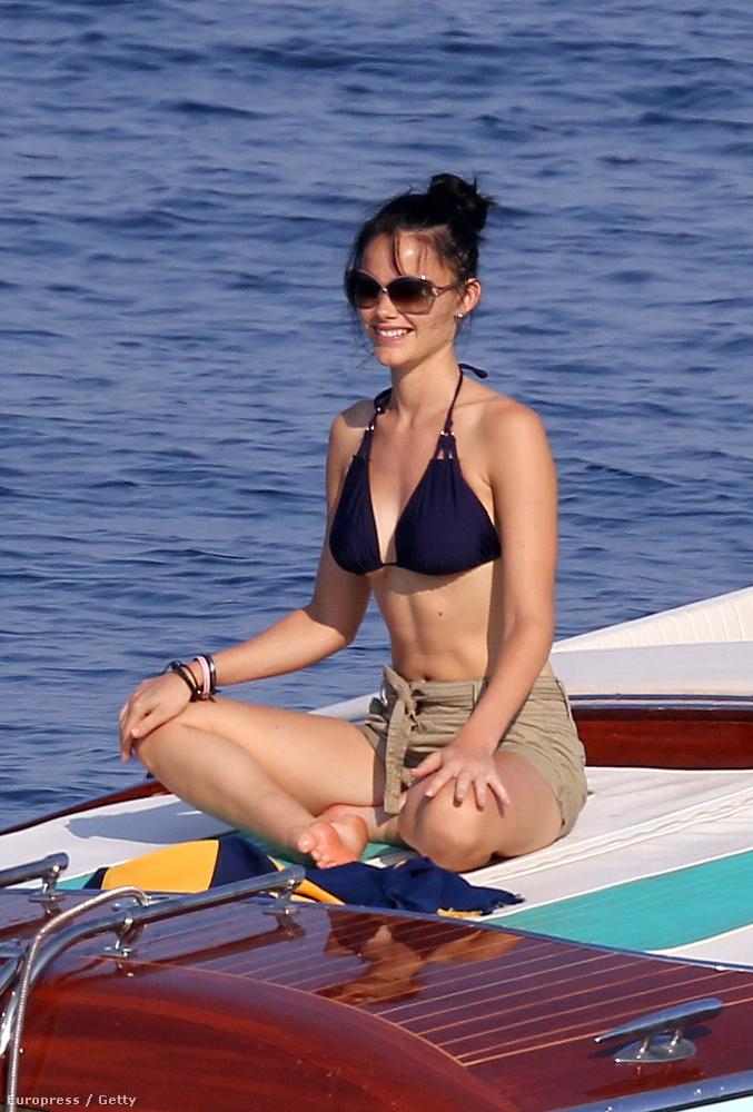 A Sarolt hercegnőnek május elején életet adó Kate Middletonnal szemben Hellqvist előélete koránt sem makulátlan.