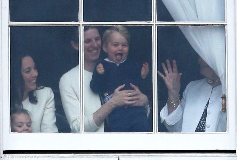 Ilyen pofavágásokkal György herceg lehet a legkirályabb király