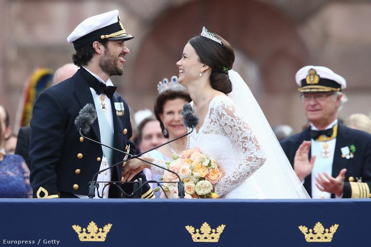 Sok boldogságot Károly Fülöpnek, és a tetovált hercegnének!