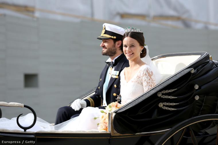Az esküvő nyilván pompás volt, volt hintó...