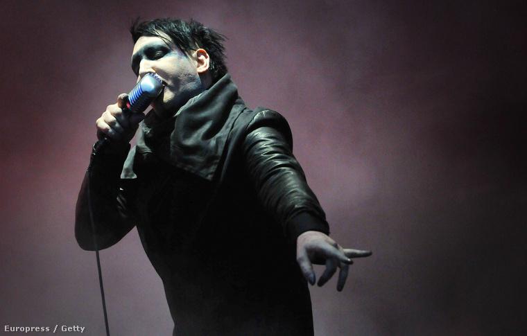 Az énekes és együttese a Download fesztivál egyik fellépője volt