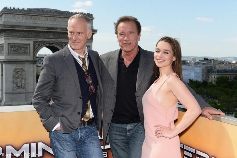 Itt már Alan Taylor és Arnold Schwarzenegger társaságában szép.