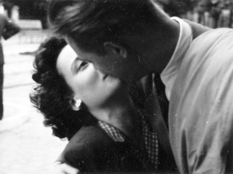 Ez a csók 1943-ban csattant el