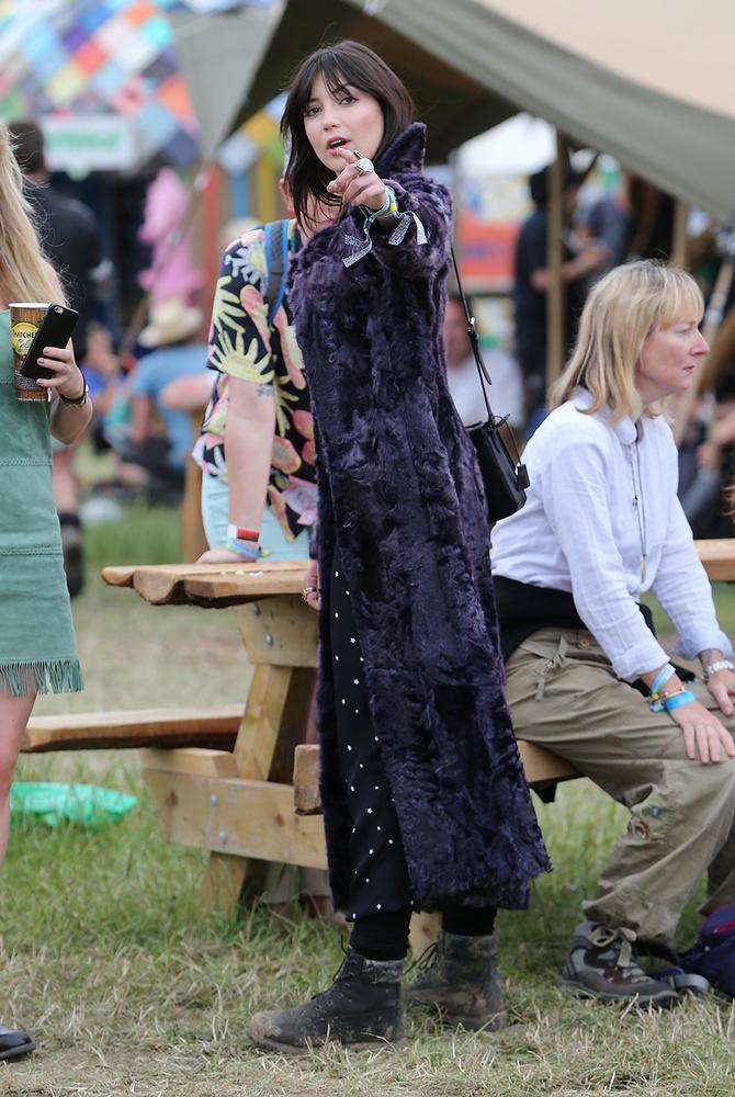Igen, fotósok is vannak a Glastonbury fesztiválon