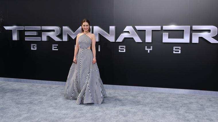 Mondjuk nehéz kifogást találni bármiben, aminek Emilia Clarke is részese, de természetesen a Terminátor Genisys Los Angelesi bemutatója más okból is parádés volt.