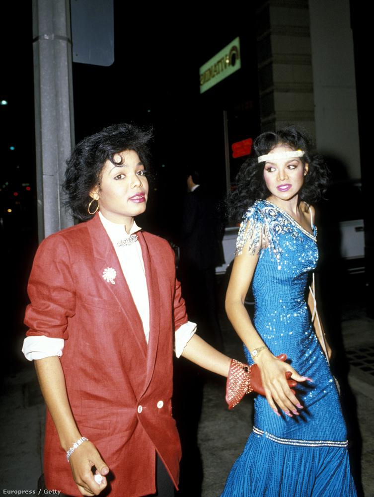 Janet Jackson Latoya Jackson 1984-ben Beverly Hillsben ment el így egy étterembe