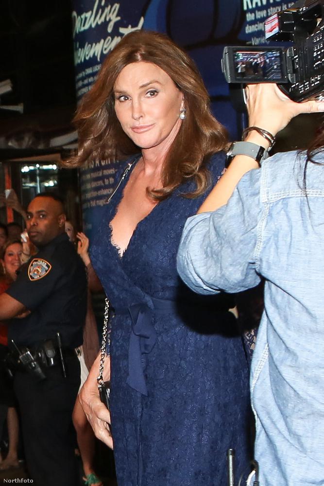 Mert Caitlyn Jenner lett az egyik legszebb idős celebnő a világon.