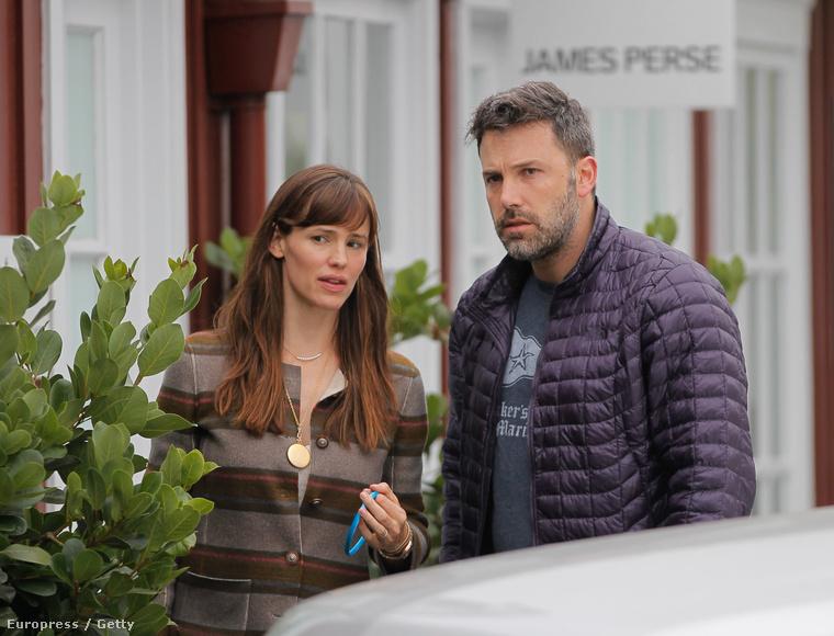 A közelmúltban lett hivatalos, hogy az eddig álompárnak gondolt (persze csak gondolt) Ben Affleck és Jennifer Garner is véget vet házasságának