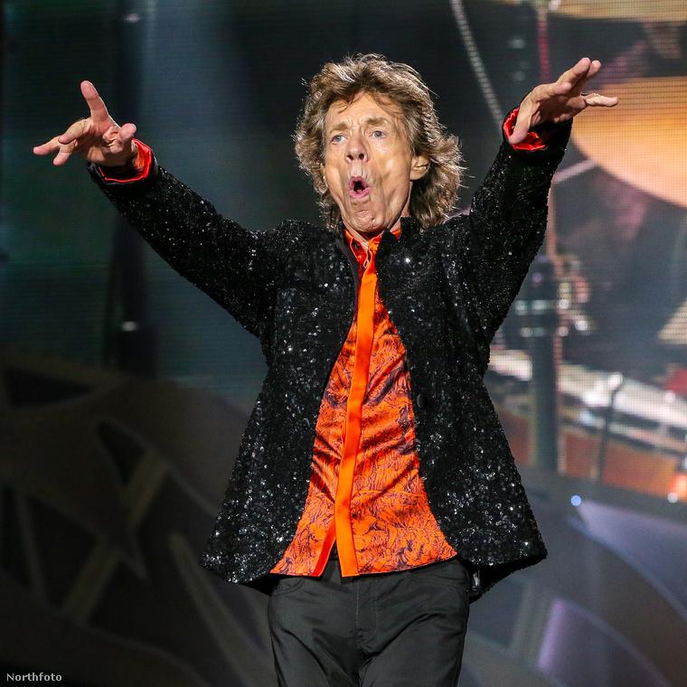Az apja Mick Jagger rocksztár,