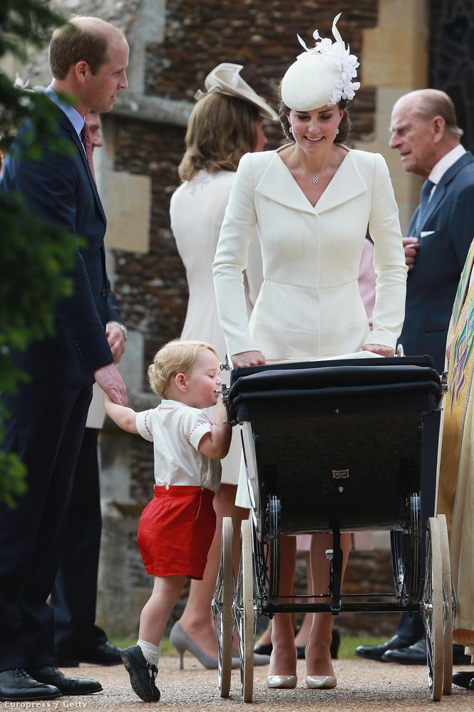 Mivel a hercegnőt nem nagyon lehetett fotózni, György herceg volt a legcukibb