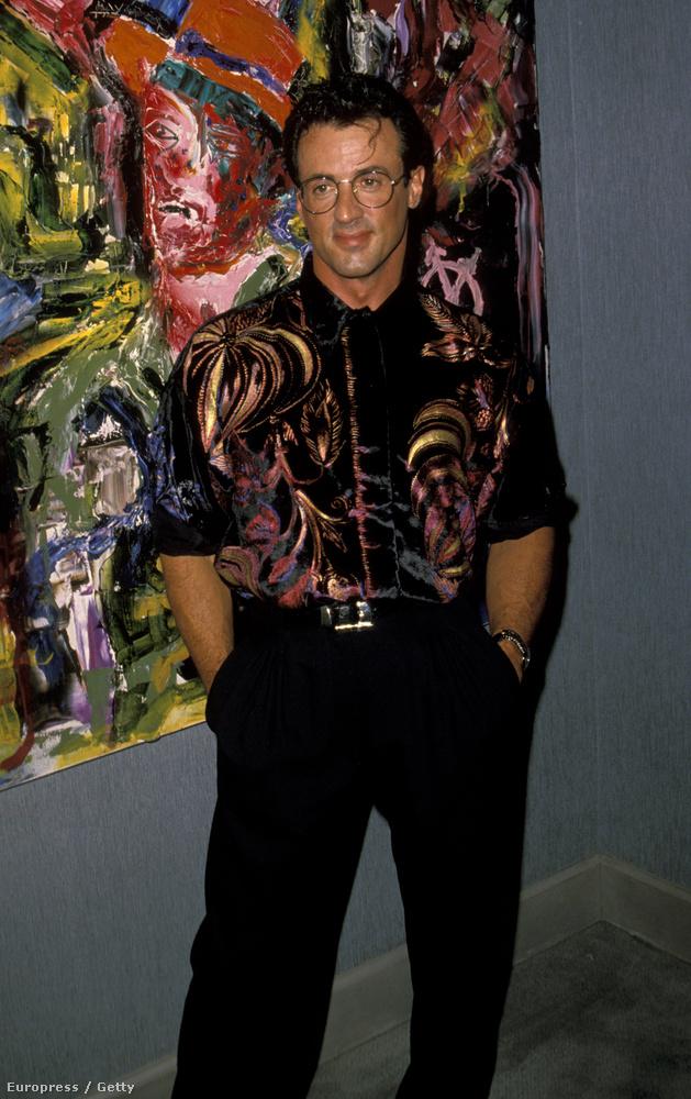 Főleg ha ingjét a háttérben található festményhez igazítja