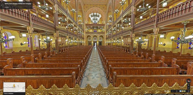Ha a Bazilika nem elég önnek ahhoz, hogy kultúrlénynek érezze magát, nézegesse a Dohány utcai zsinagógát is egy kicsit, lehetőleg ingyen, szabadon! Semmiképpen se kattintson, ha önek munkája a zsinagógában minden nap egyedül álldogálni, minden más esetben tegye meg, mert nagyon szép.