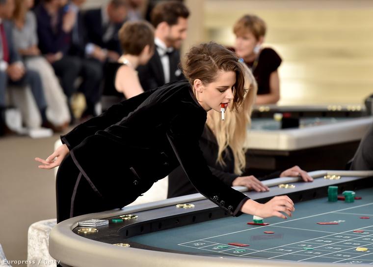 Kristen Stewart is ott volt.