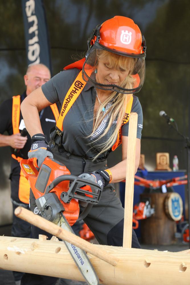 A Zselici Erdészetben megrendezett Fakitermelő Világbajnokságon egy női versenyző is indult, Szekeres Nóra