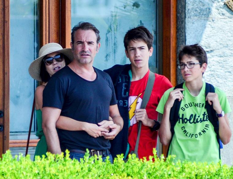 A francia színész, Jean Dujardin szintén Olaszországban nyaral