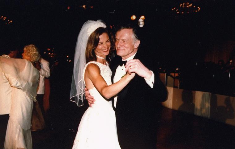Itt láthatja a Christie Hefner és az örömapa táncát 1995-ben