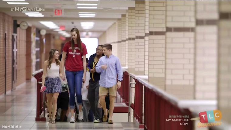 Igen feltűnő jelenség középiskolai osztálytársai között.