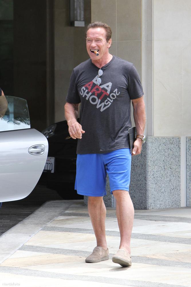 Arnold Schwarzenegger keménységét és a vérében zubogó tesztoszteron mennyiségét teljesen felesleges megkérdőjelezni, ráadásul nincs még egy ember, aki így tud boldogan szivarozni, ahogy ő.
