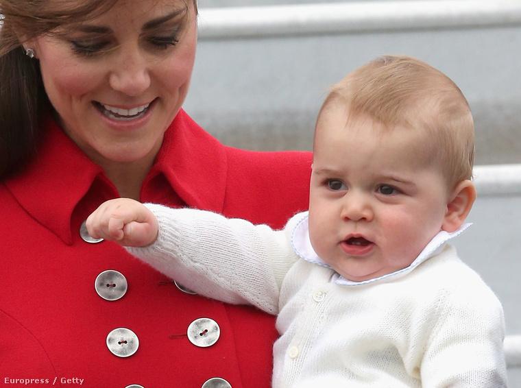 Nála kevés királyibb újszülöttet látott eddig a világ