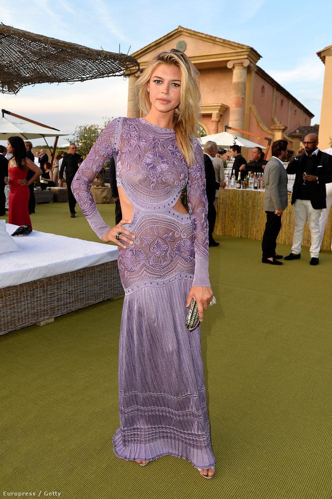 Ugye hiányolta már DiCaprio legújabb nőjét, Kelly Rohrbachot?
