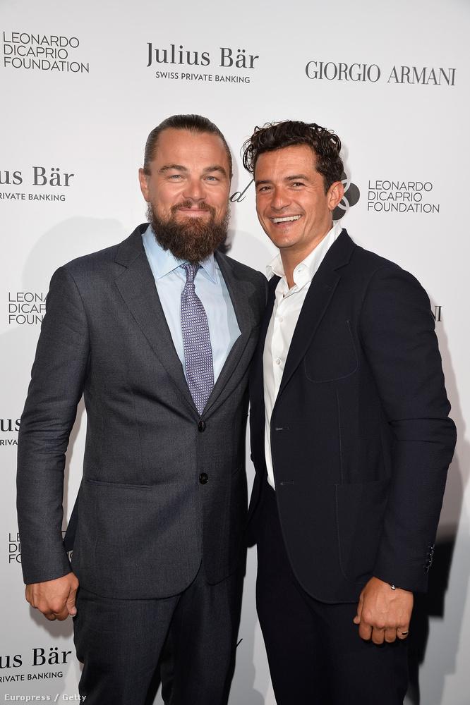 És idén DiCaprio olyan emberek segítségével, mint mondjuk a képen is létható Orlando Bloom, összesen 40 millió dollárt, vagyis több mint 11 milliárd forintot szedett össze