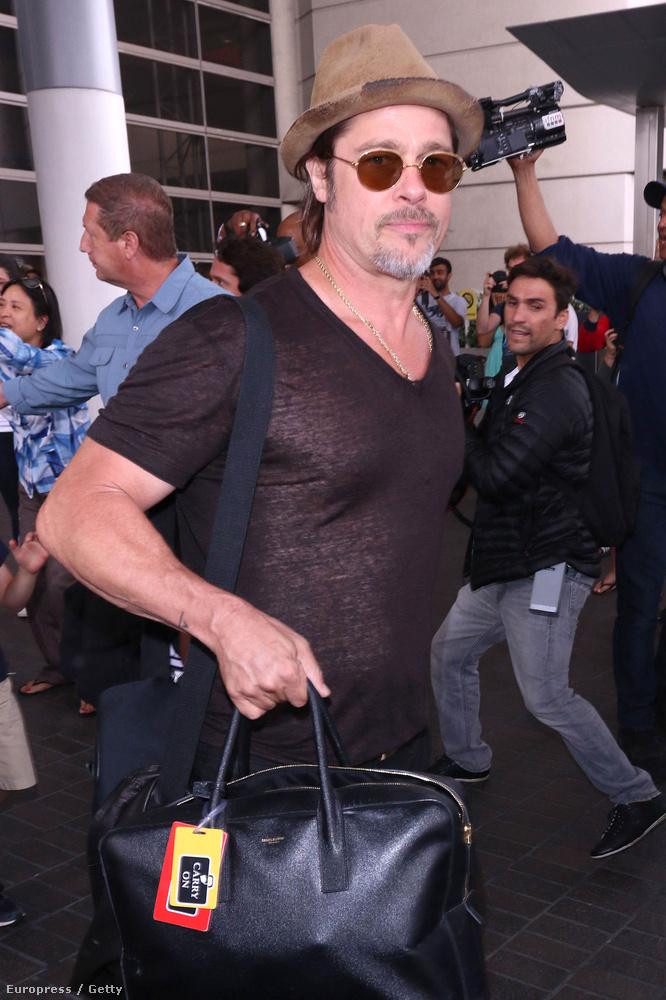 De Brad Pitt esetében senki nem foglalkozik ezzel, pedig tényleg látszik rajta, hogy nagyon szerette volna:((