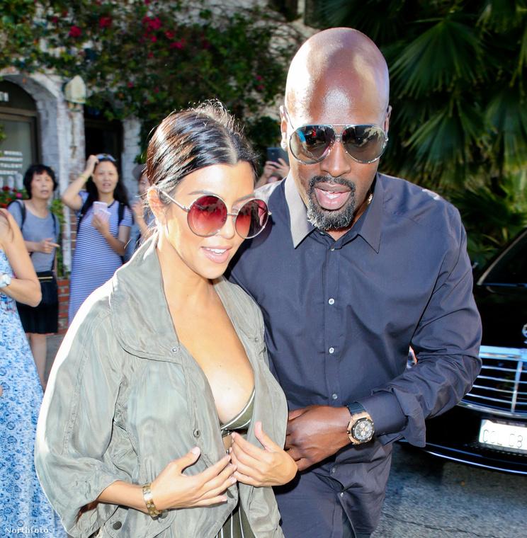 """""""basszus, ez nem is Kim Kardashian realityceleb, hanem a testvére, Kourtney Kardashian, aki ugyancsak tévéműsorból él!"""" - kiáltott fel."""