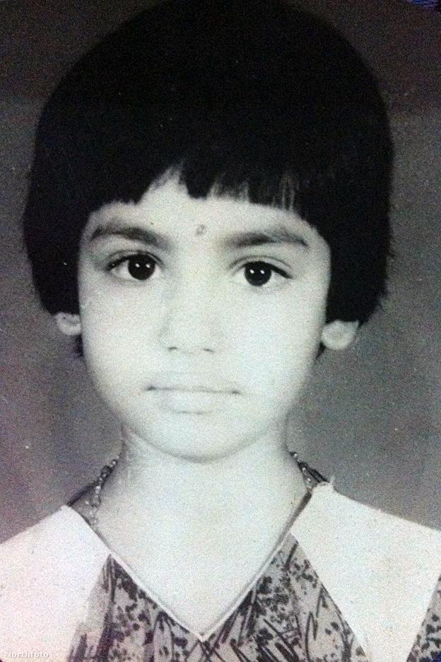 Monica Singh ennyire aranyos kislány volt.