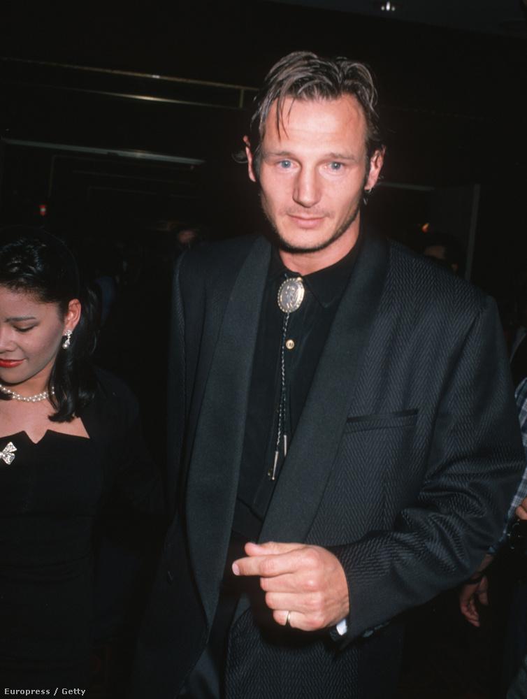 Liam Neeson sosem volt az a szépfiú típus, inkább mindig is csak olyan karakteres, Kedves Idős Úr arca volt