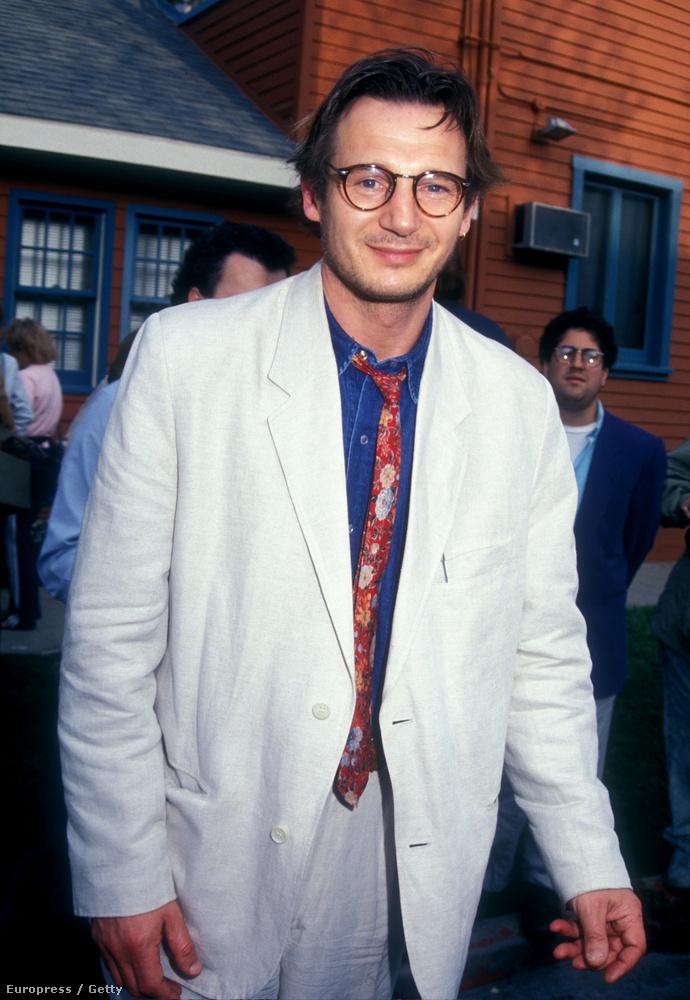Éshát valljuk be, öltözködni se nagyon tudott a színész