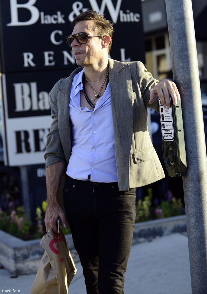Los Angelesben fotózták le.