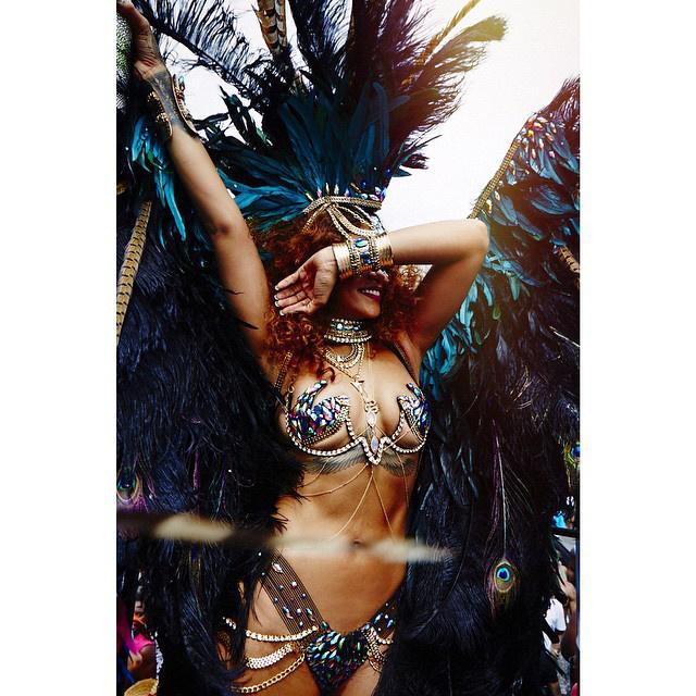 Rihanna idén is elment a barbadosi karneválra, és ismét kitett magáért.