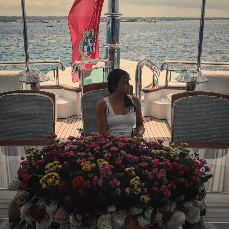 Nem fogja elhinni, de Michelle Rodriguez Ibizán nyaral a pasijával