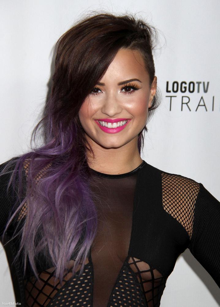 Demi Lovato oldala 20,4 követővel csak a huszadik.