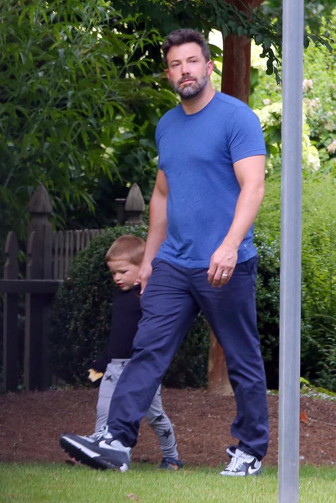 Ben Affleck a bébiszitterrel csalhatta Jennifer Garnert