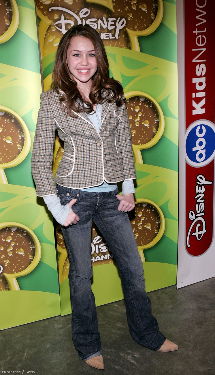 Miley Cyrus nem mindig volt ám bimbómutogató félőrült