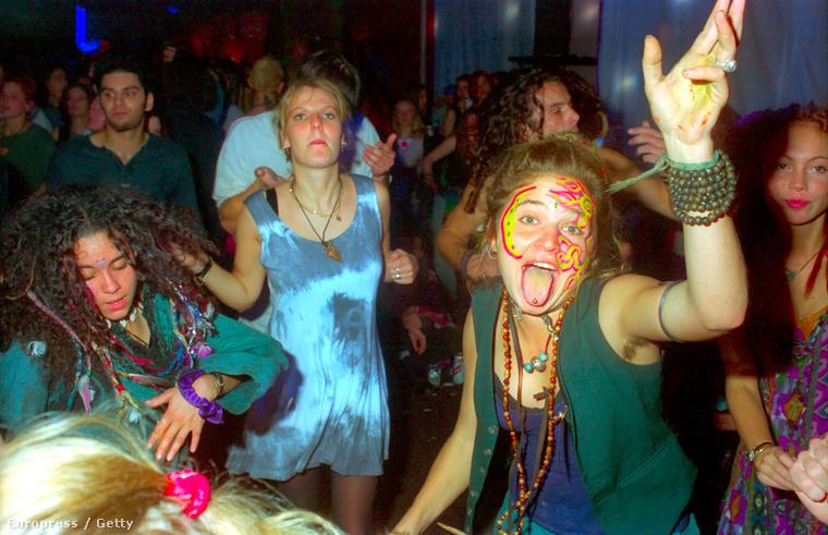 Ezek az emberek 1994-ben a Velvet (!) Revolution Tour-on érezték nagyon jól magukat