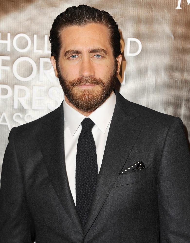 Jake Gyllenhall szakálla viszont kiváló