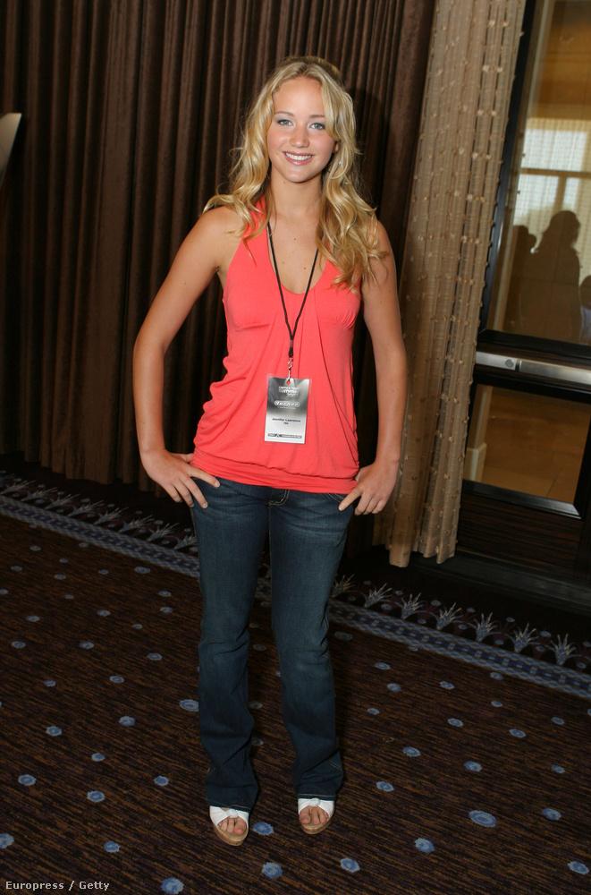 Ez a kép 2007-ben készült, és itt még szinte senki nem ismert Jennifer Lawrence-et, aki ekkor csak néhány sorozatban kapott mellékszerepet